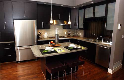 Proper arrangement of kitchen units is essential for the rational use